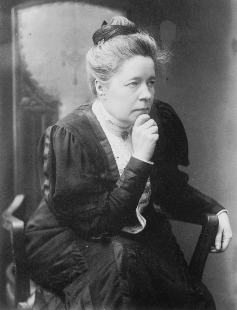 Selma_Lagerlöf_seated.jpg